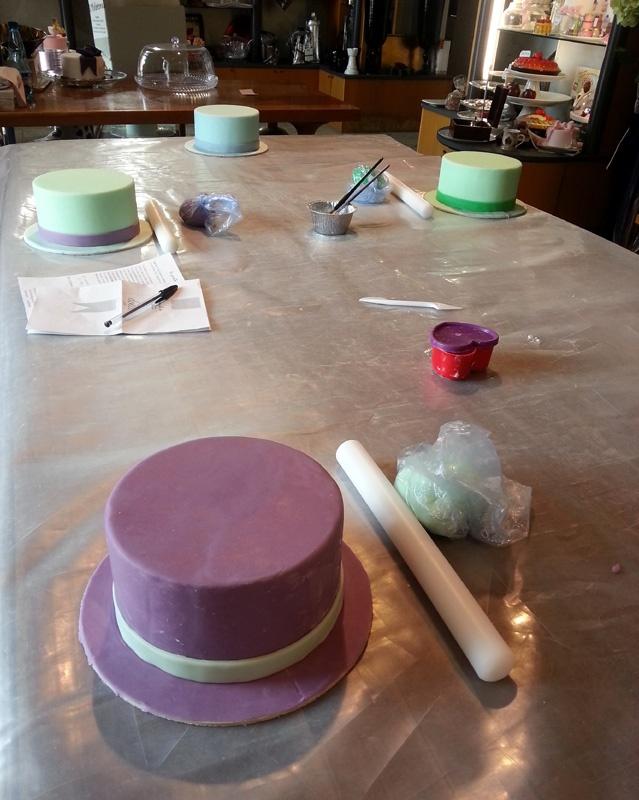 Corso Cake Design Catania 2018 : Io e il cake design, un corso per capirsi The Black Fig