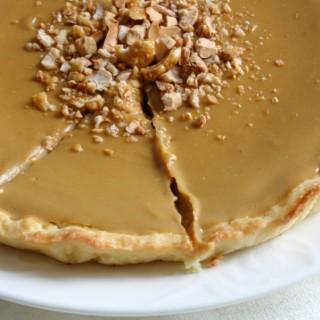 Crostata con crema al caffè e caramello