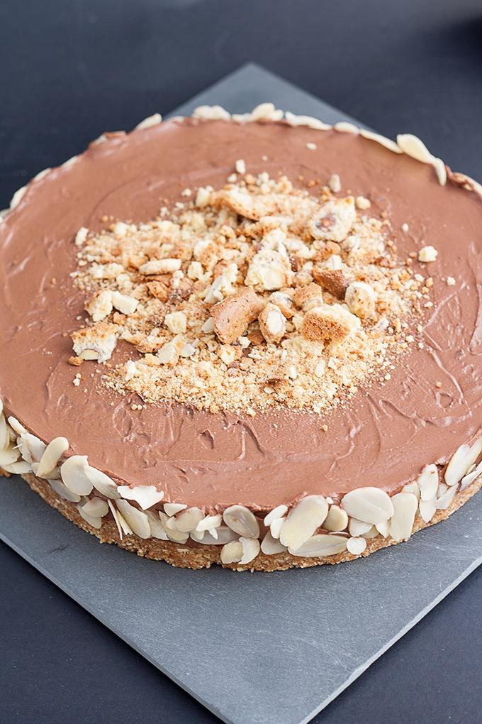 torta estiva al cioccolato e cantuccini