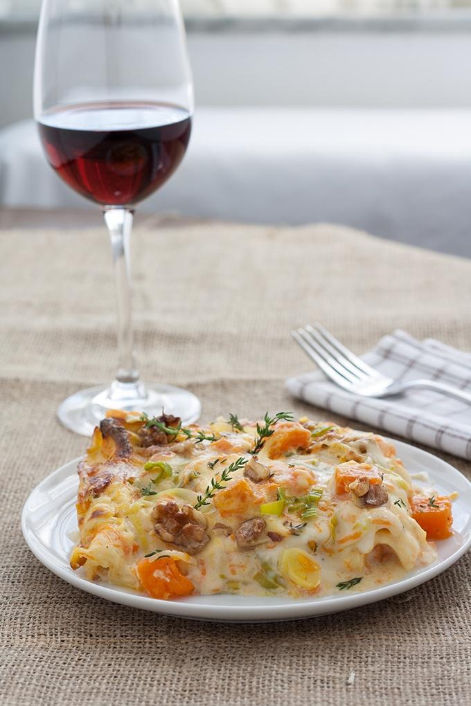 Kürbis-Lauch Lasagne mit Gorgonzola und Walnüssen