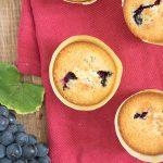 Muffin con uva fresca e olio extravergine