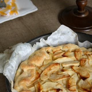 Galette alle mele con crema frangipane, o la crostata rustica francese