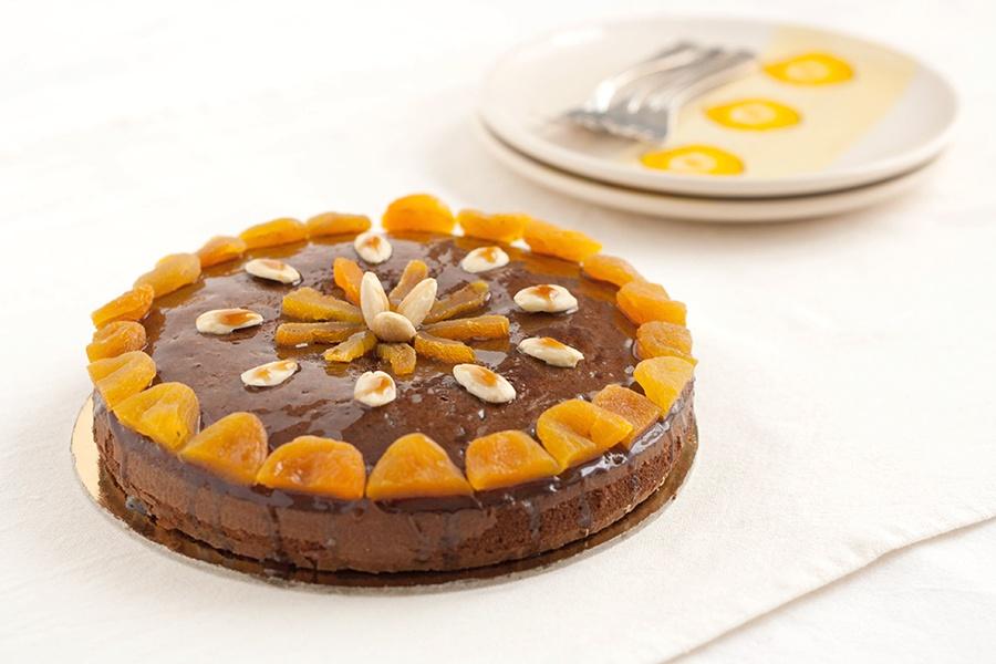 Torta al cacao ed extravergine con sciroppo di miele al Marsala