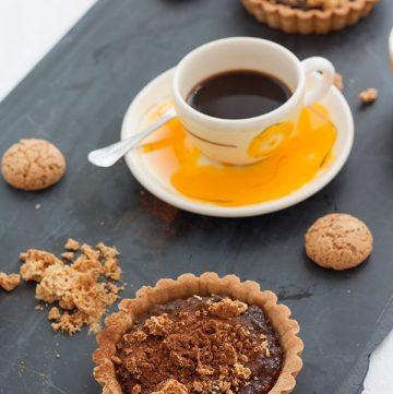 crostatine con zucca, amaretti e cacao amaro