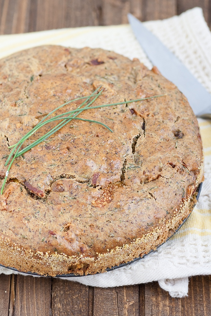 Torta saporita con prosciutto toscano e fichi secchi